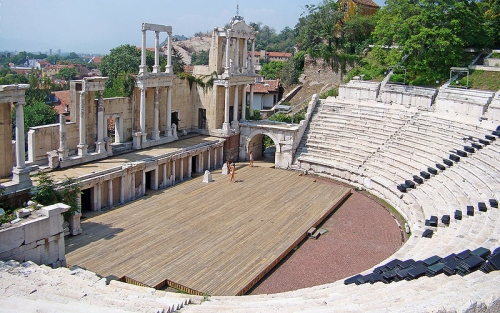 800px-antique-theater-plovdiv 1302765095