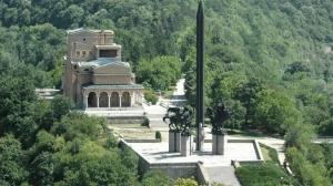 Паметник Асеневци