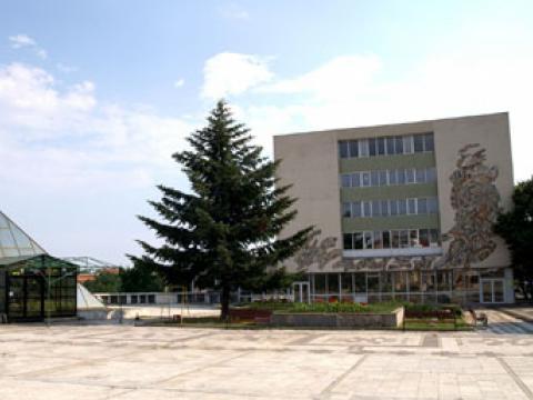 Градски площад - Каварна